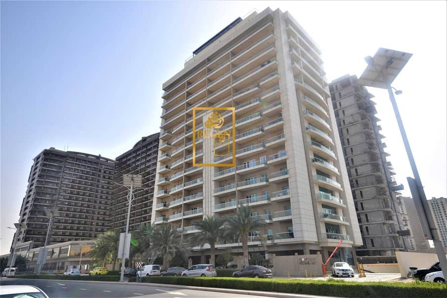 One Bedroom Hall Apartment in Golf View Residence For Sale