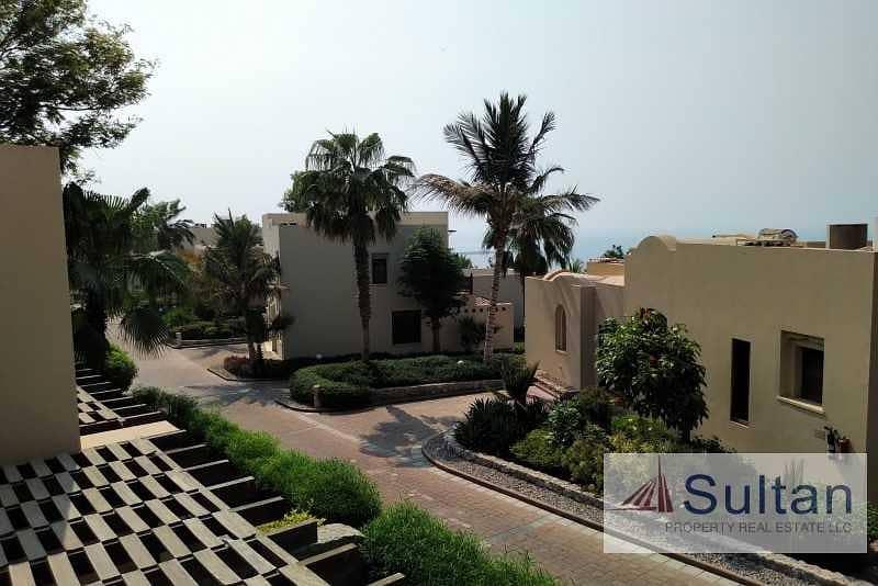 15 Luxuries Villa 1BR Full Sea View -Resorts Cove Rotana