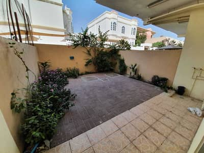 2 Bedroom Villa for Rent in Mirdif, Dubai - **DEAL**WELL MAINTAINED LARGE 2BR-MAID-LARGE PVT BACKYARD VILLA- HUGE CLOSED KITCHEN- AWAY FROM FLIGHT PATH-AVAILABLE ON PRIME LOCATION FOR JUST