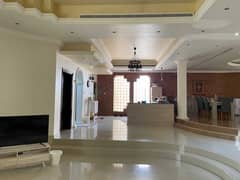 Al Mizhar 4 bedroom villa with spacious living & dining area for rent