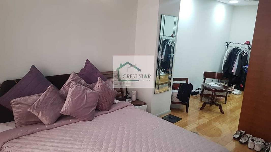 Stunning 5 bedrooms Villas for Sale in JVC