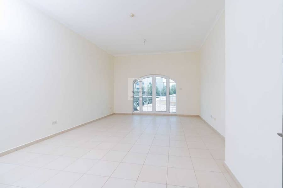 Spacious 2 Bed + Maid  l Vacant Ready to move