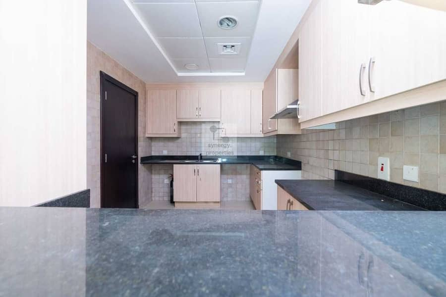 15 Spacious 2 Bed + Maid  l Vacant Ready to move