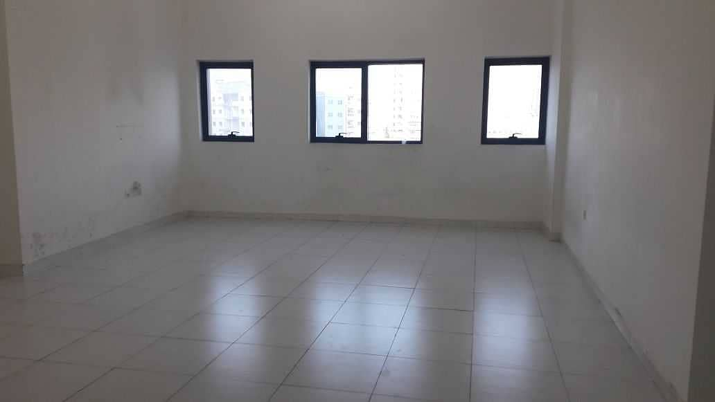 INVESTMENT DEAL !! GIANT STUDIO FOR SALE IN FALCON TOWER 165,000/-  WITH PARKING