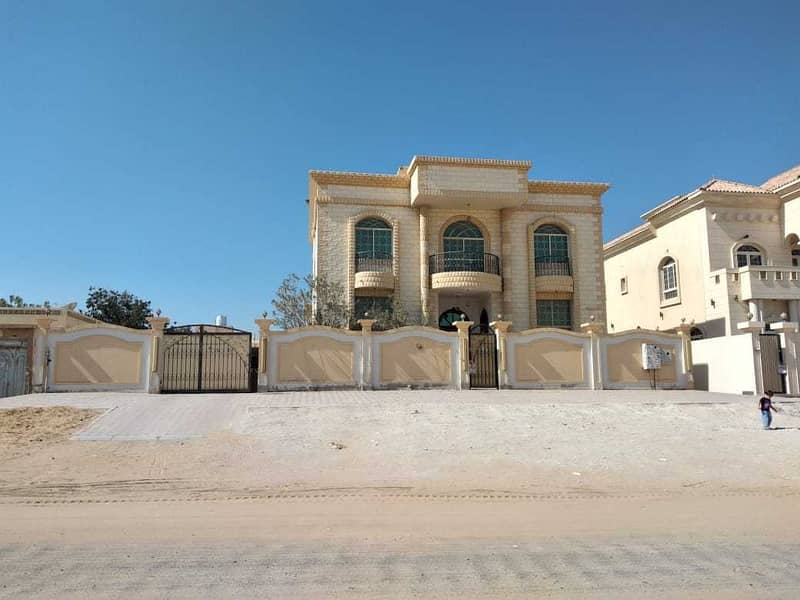 For sale a commercial  villa in Ajman, free ownership for all nationalities without down payment on bank financing, up to 100% of the property value