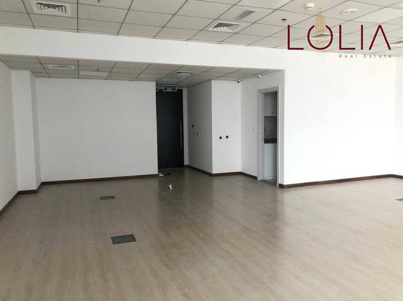 9 Office Space w/ Pantry and Washroom | Ready to move