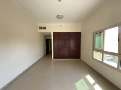 1 Bedroom Apartment for Rent in Dubai Silicon Oasis, Dubai - 12 CHQs | Large Size 1BHK | Closed Kitchen | Balcony @ 36K