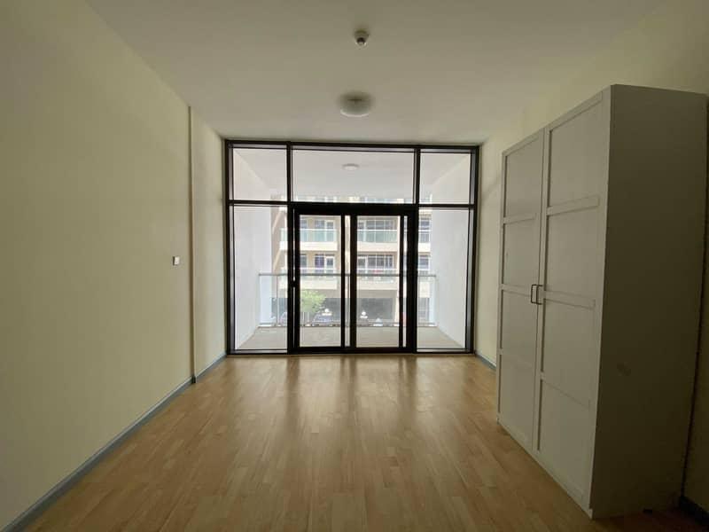 Spacious Studio With Large Size Balcony in Binghatti @ 25K 4Cheqs