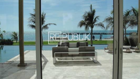 6 Bedroom Villa for Sale in Nurai Island, Abu Dhabi - Private and Exclusive Beachfront Estate 6BR Villa