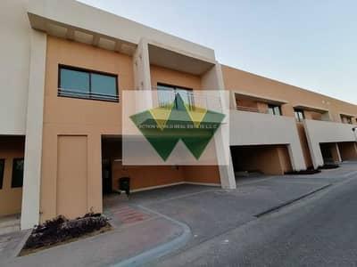 فیلا 4 غرف نوم للايجار في مدينة محمد بن زايد، أبوظبي - Unique Style 4 Bedrooms Villa with maid room in Compound