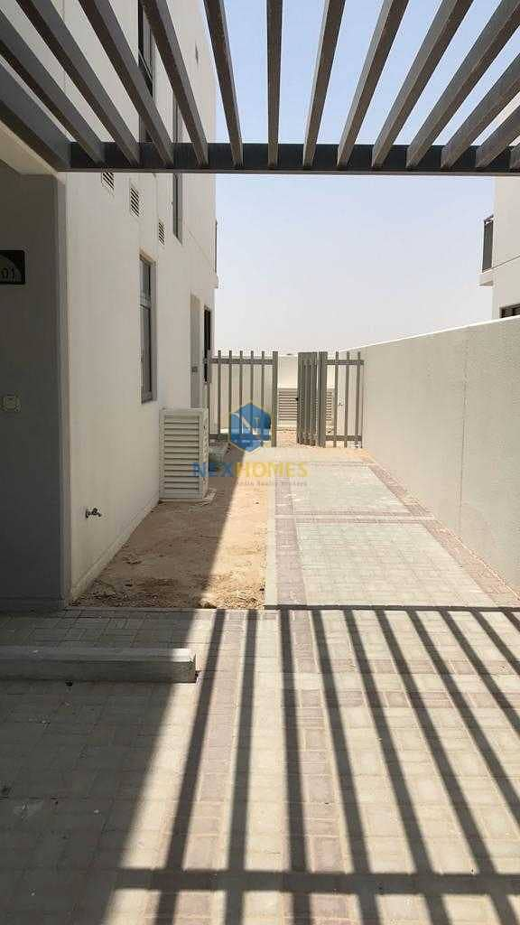 2 3 BR + MAID ROOM TOWNHOUSE | HANDED OVER | CLARET AKOYA OXYGEN | BRAND NEW
