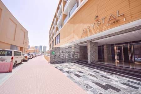 2 Bedroom Flat for Sale in Jumeirah Village Circle (JVC), Dubai - Serene Family Friendly Community Apartments in JVC