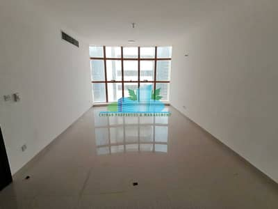 3 Bedroom Apartment for Rent in Corniche Area, Abu Dhabi - Huge 3 bhk with huge Living room|4 payments | Great location