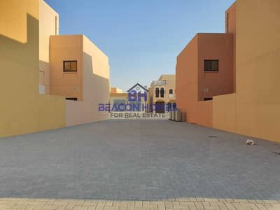 شقة 2 غرفة نوم للايجار في قرية هيدرا، أبوظبي - Spectacular Brand New 2BR Villa In Zone 8. . !