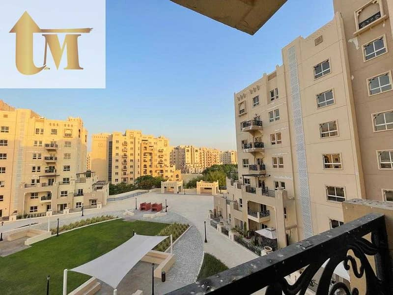 10 Vacant |1 Bedroom | Closed Kitchen | Ready to Move | Balcony |
