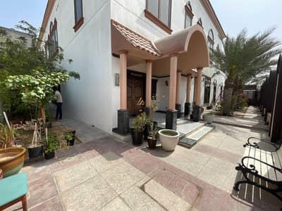 فیلا 6 غرف نوم للبيع في البرشاء، دبي - Upgraded | State of Art| Stunning 6 bedrooms Villa