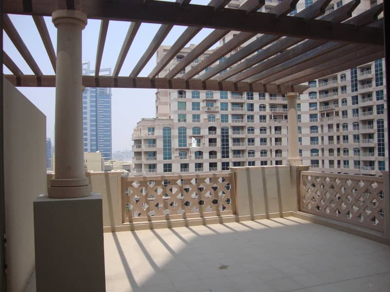 2 Large size 2 Bedroom Apartment| Lake view| Canopied