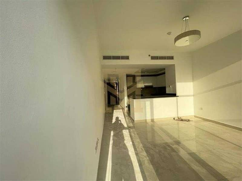Spacious 1Bed +  Study   Community View   Ready to Move