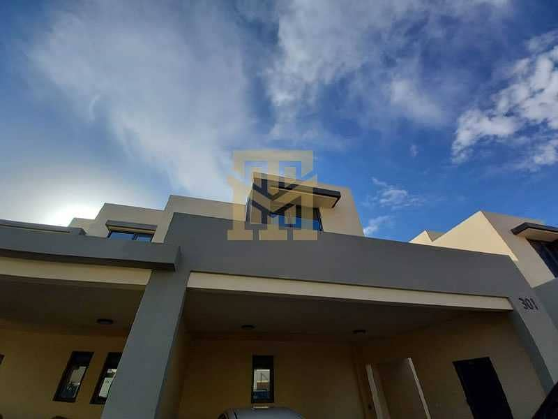 2 Luxury 3Bed + Maids| Vacant | Type 2M| Back to Back