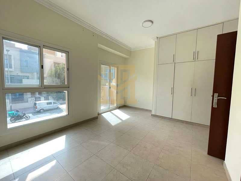 Ideal Location  Vacant  3Bed + Maids   Excellent Condition