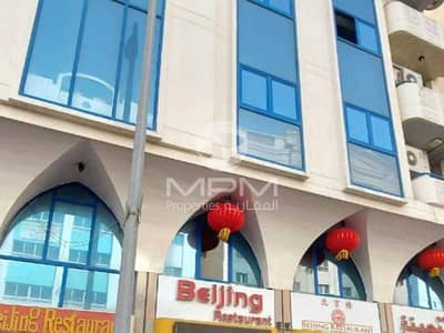 2 Bedroom Apartment for Rent in Madinat Zayed, Abu Dhabi - Split A/C | Spacious & Bright | Balcony | 4 Chqs