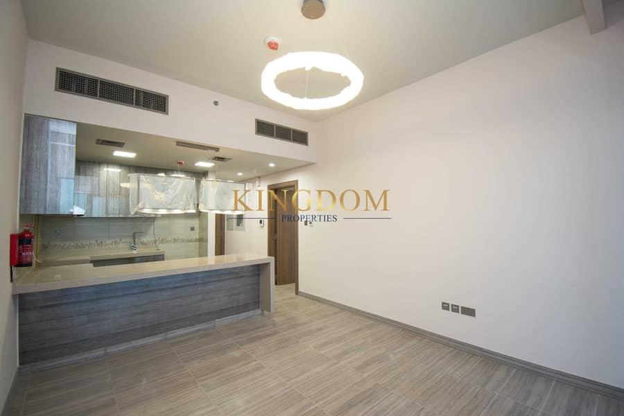 Luxury 1BR l Brand new l MBL (Water Front Residence)