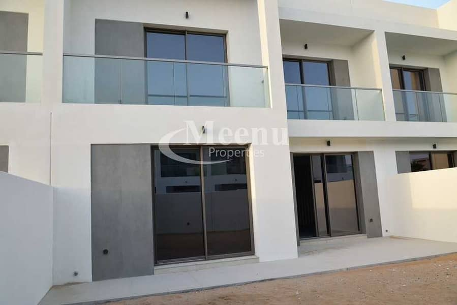Modern Design Double Row Ready To Move In | Brand New