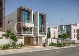 Luxury 6 Bedrooms Villa in  Gated Comunity   Meydan