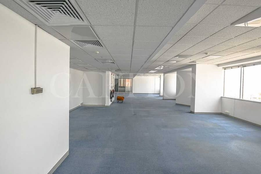 HALF FLOOR | PARTITIONED OFFICE | ON SZR