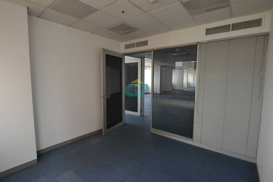 13 HALF FLOOR | PARTITIONED OFFICE | ON SZR