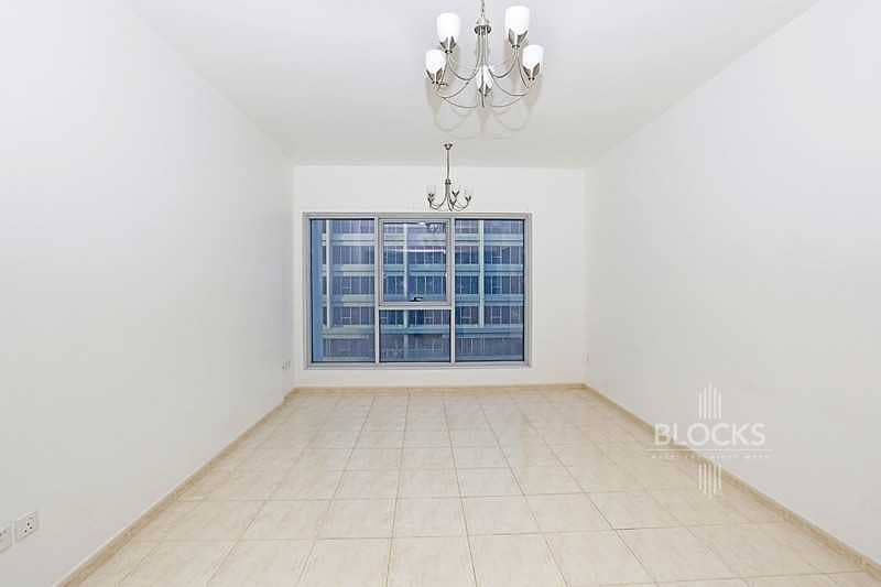 Vacant 1 Bedroom in Skycourts   Decent Price