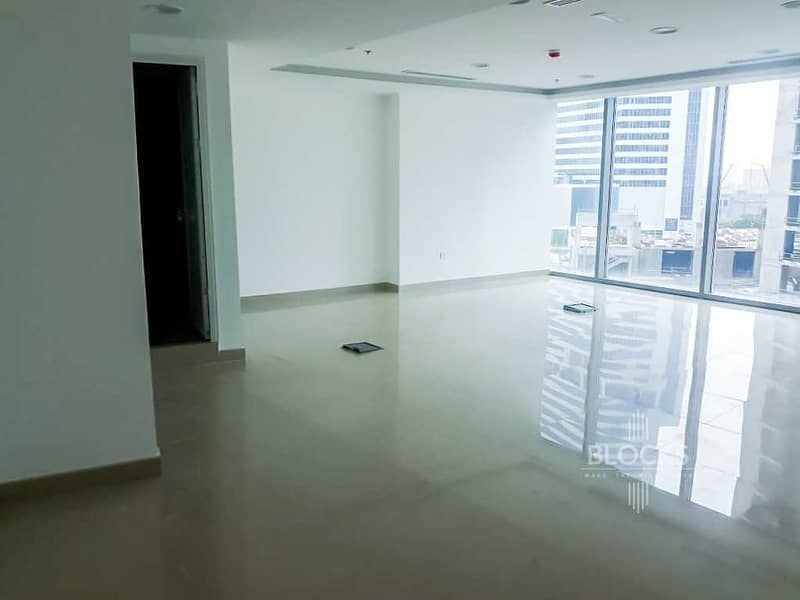 Brand New | fitted office | Canal view