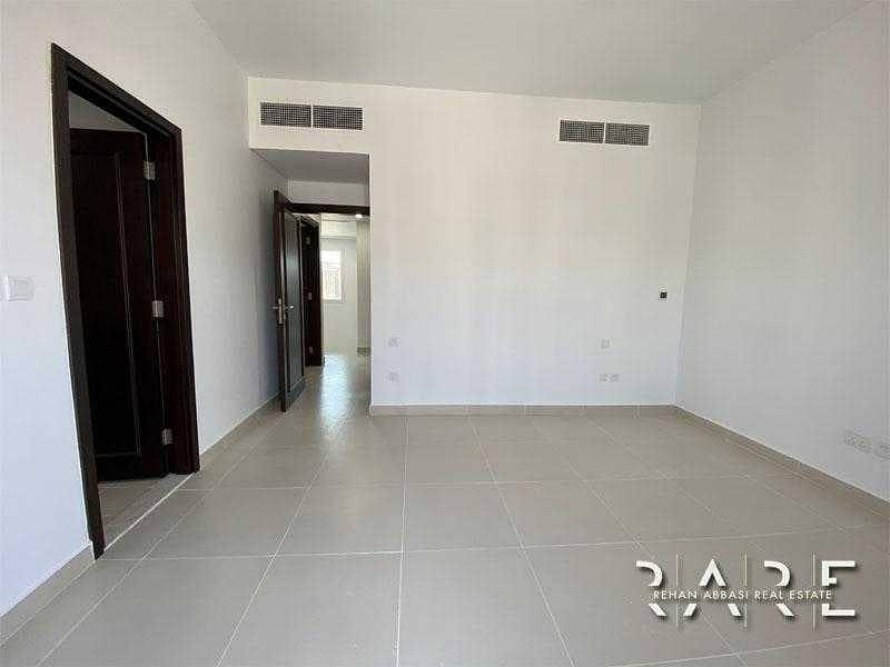 Rented till Nov 2021 | 3 Bed+Maids | Near Pool an Park | CasaDora