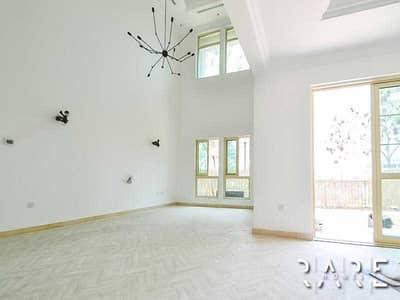 4 Bedroom Villa for Rent in Jumeirah Islands, Dubai - Huge 4 Bed Villa with private swimming pool | Grand Entrance JI