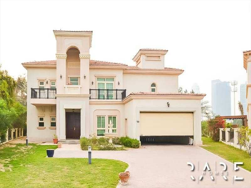 33 Huge 4 Bed Villa with private swimming pool   Grand Entrance