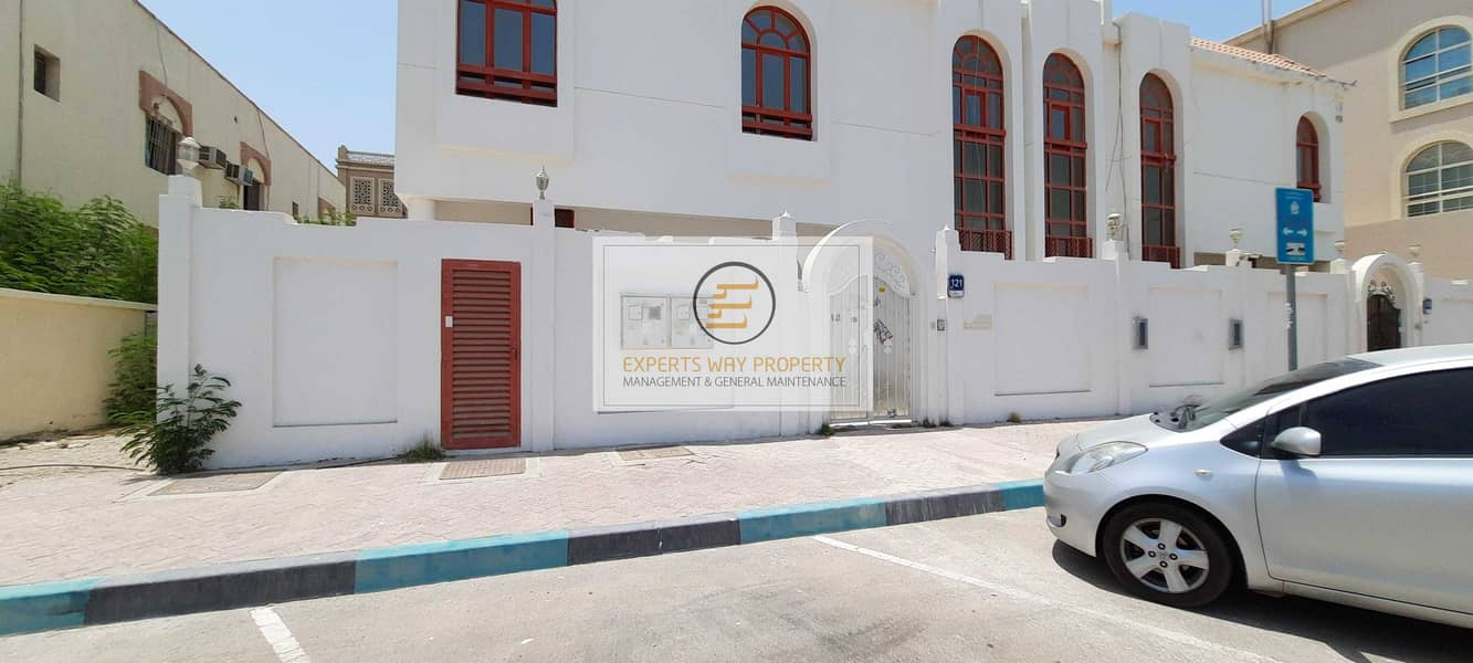 amazing finishing villa 4 bedrooms + maids room + private entrance