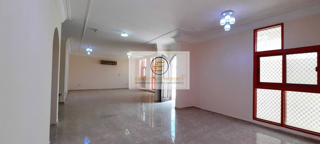2 amazing finishing villa 4 bedrooms + maids room + private entrance