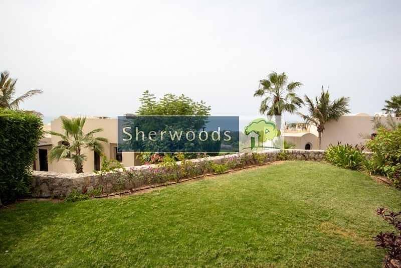 14 Resort Lifestyle Villa | Private Swimming Pool