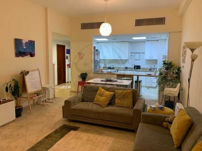 2 Bedroom Apartment for Sale in Motor City, Dubai - Amazing   2 BHK   Upgraded Kitchen!!