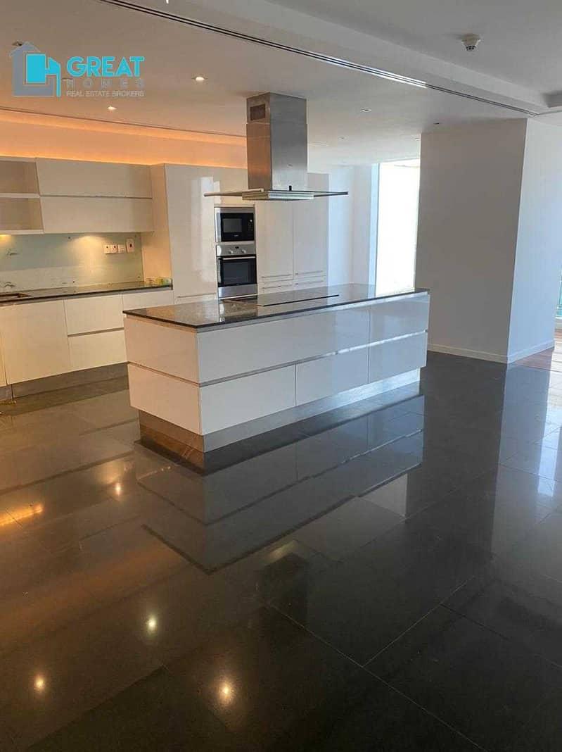 Stunning Duplex 3 Bhk   Maids Room    Near Sheikh Zayed Road
