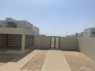 فیلا 3 غرف نوم للايجار في براشي، الشارقة - Brand New Three Bedroom Villa for Rent with Large Gardening Area
