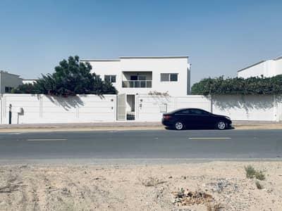 فیلا 5 غرف نوم للايجار في براشي، الشارقة - Five Bedroom Villa For Rent in Al Barashi