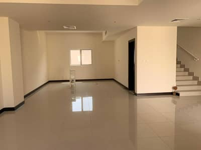 4 Bedroom Villa for Rent in Barashi, Sharjah - Large Four Bedroom Villa with Kitchen Appliances