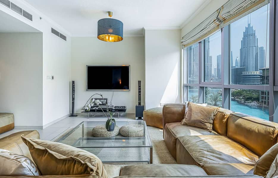 Burj Khalifa and Fountains view 1 BR holiday home