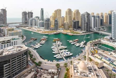 3 Bedroom Flat for Rent in Dubai Marina, Dubai - Cozy 3 BR With Beautiful Sea and Marina Views