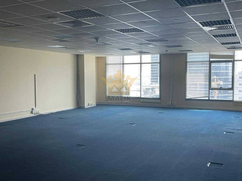 2 Ready Office Chiller Free Near To Metro