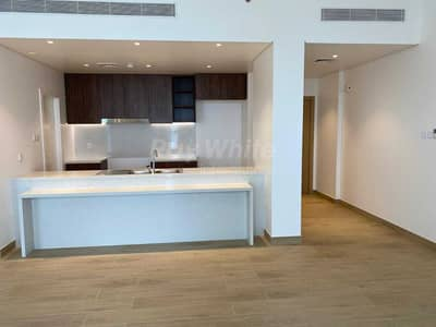 1 Bedroom Apartment for Sale in Jumeirah, Dubai - Brand New Re Sale I Free Hold I Sea & Marina View