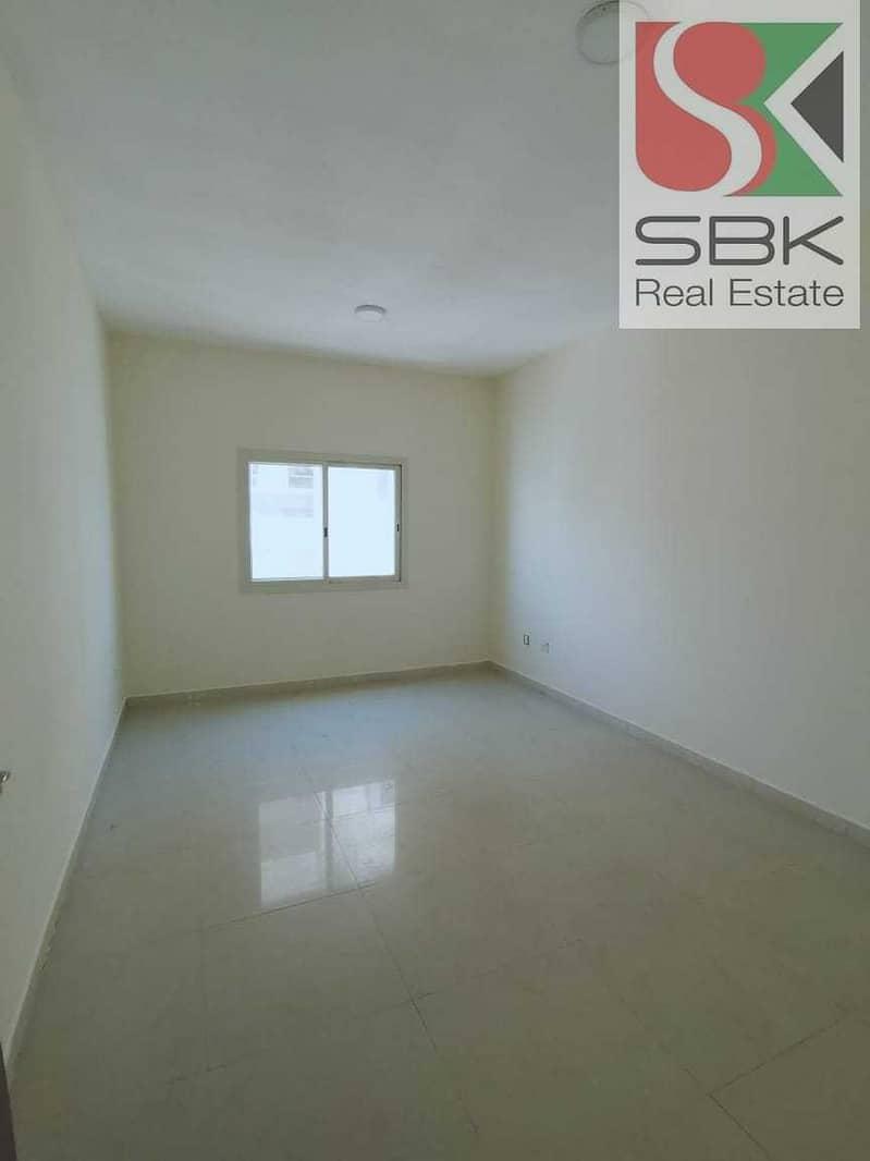 2 2 BHk Available with Balcony in Rashidiya 2