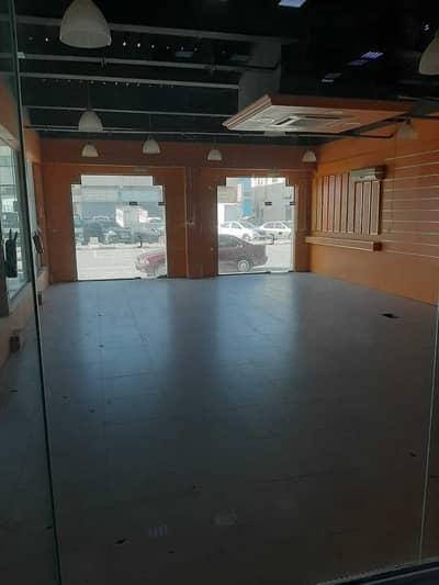 محل تجاري  للايجار في المنطقة الصناعية، الشارقة - SHOPS Available in Al Nahda Center