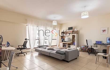 شقة 2 غرفة نوم للبيع في جميرا بيتش ريزيدنس، دبي - Motivated Seller   Marina And Sea View   Low Floor